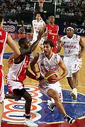 DESCRIZIONE : Roma Lega A1 2006-07 Lottomatica Virtus Roma Whirlpool Varese <br /> GIOCATORE : Giachetti <br /> SQUADRA : Lottomatica Virtus Roma <br /> EVENTO : Campionato Lega A1 2006-2007 <br /> GARA : Lottomatica Virtus Roma Whirlpool Varese <br /> DATA : 25/04/2007 <br /> CATEGORIA : Penetrazione <br /> SPORT : Pallacanestro <br /> AUTORE : Agenzia Ciamillo-Castoria/G.Ciamillo