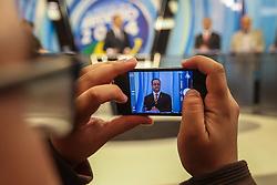 """O candidato a governador do Estado pela coligação """"O Rio Grande Merece Mais"""", Vieira da Cunha durante debate na Rede Record. FOTO: Jefferson Bernardes/ Agência Preview"""
