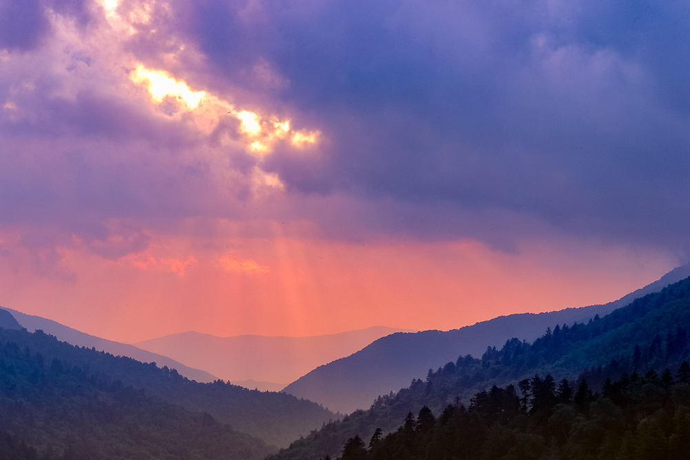 Evening light, view from Morton Overlook, Great Smoky Mountains National Park, Tennessee, USA