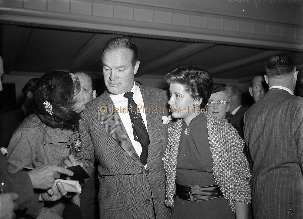 Bob Hope and Gloria de Haven arrive in Dublin to a reception by Press and Cinema personnel. <br /> <br /> 10th September 1953.<br /> <br /> 10/09/1953