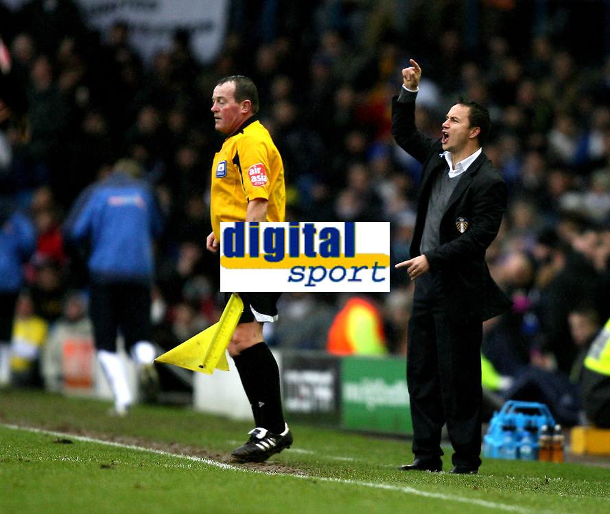 Photo: Paul Greenwood/Sportsbeat Images.<br />Leeds United v Huddersfield Town. Coca Cola League 1. 08/12/2007.<br />Leeds manager Dennis Wise issues the orders from the touchline