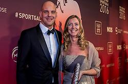 21-12-2016 NED: Sportgala NOC * NSF 2016, Amsterdam<br /> In de Amsterdamse RAI vindt het traditionele NOC NSF Sportgala weer plaats / Marcel Wouda (openwaterzwemmen) zijn genomineerd voor 'Coach van het Jaar 2016' met partner Christien