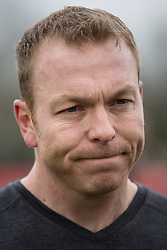 © Licensed to London News Pictures . 15/04/2015 . Manchester , UK . SIR CHRIS HOY at a British Cycling event sponsored by Evans Cycles , to promote cycling amongst youngsters , at the National Cycling Centre in Manchester . Photo credit : Joel Goodman/LNP
