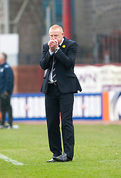 Falkirk's manager Gary Holt.<br /> Dundee 0 v 1 Falkirk, Scottish Championship game played today at Dundee's Dens Park.<br /> © Michael Schofield.
