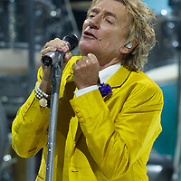 ST PAUL, MN - AUGUST 10:  Rod Stewart performs on August 10, 2014 at the Xcel Energy Center in St. Paul, Minnesota. (Photo by Adam Bettcher)