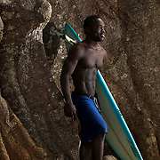 9.10.11 Surfing in Robertsport, Liberia - Shipwrecks and Cottontrees