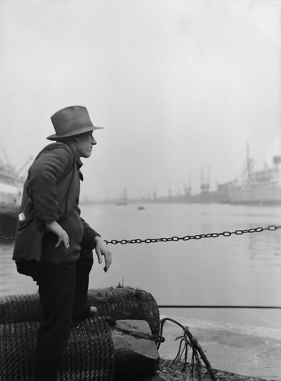 Docks, Out of Work, London, 1934