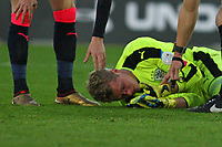 Football - 2017 / 2018 Premier League - Southampton vs. Huddersfield Town<br /> <br /> Jonas Lossl of Huddersfield Town with a cut to the face follow a collision with Southampton's Charlie Austin at St Mary's Stadium Southampton<br /> <br /> COLORSPORT/SHAUN BOGGUST