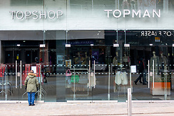 © Licensed to London News Pictures. 21/03/2020. Leeds UK. Top Shop in Leeds city centre has been closed due to the Covid 19 outbreak. Photo credit: Andrew McCaren/LNP