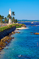 Sri Lanka, province du sud, district de Galle, Galle, Vieille ville classée patrimoine mondial de l'UNESCO, le phare et les remparts du fort // Sri Lanka, Southern Province, South Coast beach, Galle, old town, Dutch fort, UNESCO World Heritage site, Lighthouse and rampart