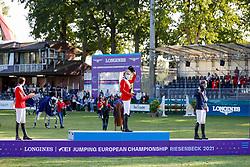 RIESENBECK - FEI Jumping European Championship Riesenbeck 2021<br /> <br /> FUCHS Martin (SUI), THIEME Andre (GER), FREDRICSON Peder (SWE)<br /> Siegerehrung / Prize giving ceremony<br /> Individual Final over 2 Rounds<br /> Round 2<br /> <br /> Hörstel-Riesenbeck, Reitanlage Riesenbeck International<br /> 05. September 2021<br /> © www.sportfotos-lafrentz.de/Stefan Lafrentz