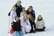 Fotosessie met de koninklijke familie in Lech /// Photoshoot with the Dutch royal family in Lech .<br /> <br /> Op de foto / On the photo:  Prinses Beatrix met Prinses Alexia , Prinses Ariane Prinses Luana , Prinses Zaria , Prinses Eloise, Prins Claus-Casimir , Prinses Léonore  ///// Princess Beatrix and Princess Alexia, Princess Ariane Princess Luana, Princess Zaria, Princess Eloise, Prince Claus-Casimir, Princess Leonore