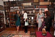 JEMIMA KHAN; BELLA FREUD; SUSY BOYT; DAVID GILMOUR; LISA APPIGNANESE;, , Freud Museum dinner, Maresfield Gardens. 16 June 2011. <br /> <br />  , -DO NOT ARCHIVE-© Copyright Photograph by Dafydd Jones. 248 Clapham Rd. London SW9 0PZ. Tel 0207 820 0771. www.dafjones.com.