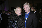 Daphne Guinness and Philip Treacy, The British Fashion Awards  2006 sponsored by Swarovski . Victoria and Albert Museum. 2 November 2006. ONE TIME USE ONLY - DO NOT ARCHIVE  © Copyright Photograph by Dafydd Jones 66 Stockwell Park Rd. London SW9 0DA Tel 020 7733 0108 www.dafjones.com