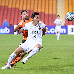 BRISBANE, AUSTRALIA - APRIL 12: Shoji Gen of Kashima and Brandon Borrello of the Roar compete for the ball during the Asian Champions League Group Stage match between the Brisbane Roar and Kashima Antlers at Suncorp Stadium on April 12, 2017 in Brisbane, Australia. (Photo by Patrick Kearney/Brisbane Roar)