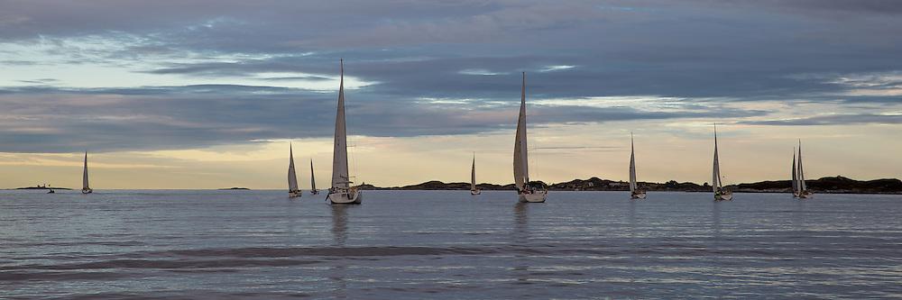 sailing regatta nearby Ulsteinvik, Norway | Seilregatta utenfor Ulsteinvik, Norge.