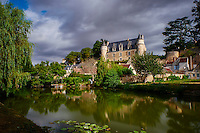 France, Indre-et-Loire (37), Montrésor, classé Les Plus Beaux Villages de France, le chateau et les maisons le long de l'Indrois // France, Indre-et-Loire (37), Montrésor,  classified Les Plus Beaux Villages de France or the Most beautiful villages of France, the castle and the village on the Indrois river bank