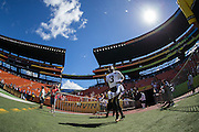 January 31 2016: Team Irvin Jameis Winston goes out to warm up before the Pro Bowl at Aloha Stadium on Oahu, HI. (Photo by Aric Becker/Icon Sportswire)