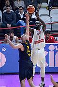 DESCRIZIONE : Varese FIBA Eurocup 2015-16 Openjobmetis Varese Telenet Ostevia Ostende<br /> GIOCATORE : Mouhammad Faye<br /> CATEGORIA : Tiro Tre Punti <br /> SQUADRA : Openjobmetis Varese<br /> EVENTO : FIBA Eurocup 2015-16<br /> GARA : Openjobmetis Varese - Telenet Ostevia Ostende<br /> DATA : 28/10/2015<br /> SPORT : Pallacanestro<br /> AUTORE : Agenzia Ciamillo-Castoria/M.Ozbot<br /> Galleria : FIBA Eurocup 2015-16 <br /> Fotonotizia: Varese FIBA Eurocup 2015-16 Openjobmetis Varese - Telenet Ostevia Ostende