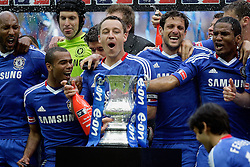 15.05.2010, Wembley-Stadion, London, ENG, FA CUP Finale, Chelsea FC vs Portsmouth im Bild John Terry, the Captain  of Chelsea and team mates Frank Lampard of Chelsea  and Ashley Cole of Chelsea   in Chelsea's FA Cup winning celebrations, EXPA Pictures © 2010, PhotoCredit: EXPA/ IPS/ Marcello Pozzetti / SPORTIDA PHOTO AGENCY