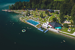 THEMENBILD - das Strandbad Thumersbach am Zeller See, aufgenommen am 30. Juli 2020 in Thumersbach, Österreich // the lido Thumersbach at the Zeller See, Thumersbach, Austria on 2020/07/30. EXPA Pictures © 2020, PhotoCredit: EXPA/ JFK
