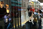 England, London: shopwindow in Oxford street