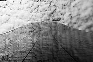 New York. 57 street. mirror game on Solow building  New York, Manhattan - United states Manhattan / 57 em rue .  jeu de mirroir sur le Solow building  Manhattan, New York - Etats unis