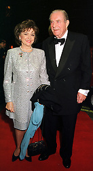 The EARL & COUNTESS OF DUDLEY, at a party in London on 24th November 1999.MZH 88