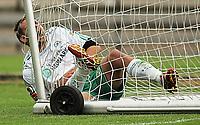 Fotball 1 Divisjon<br />Idrettsparken 010707<br />Mandalskameratene - Ham Kam MK<br />Foto: Sigbjørn Andreas Hofsmo, Digitalsport<br /><br />Markus Ringberg skriker med brukket arm