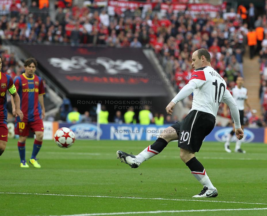 28-05-2011 VOETBAL: CHAMPIONS LEAGUE FINAL FC BARCELONA - MANCHESTER UNITED: LONDON<br /> Wayne Rooney <br /> ***NETHERLANDS ONLY***<br /> ©2011- FotoHoogendoorn.nl/nph/Mitchell Gunn