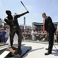 CHICAGO - JULY 31:  Retired player Frank Thomas #35 of the Chicago White Sox reacts after a statue in his honor is unveiled prior to the game against the Boston Red Sox on Sunday, July 31, 2011 at U.S. Cellular Field in Chicago, Illinois. (Photo by Ron Vesely/MLB Photos via Getty Images) *** Local Caption *** Frank Thomas
