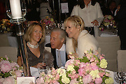 EVA RAUSING, MARTIN SUMMERS AND TANIA BRYER, Cartier dinner in the Chelsea Physic Garden. 22 May 2006. ONE TIME USE ONLY - DO NOT ARCHIVE  © Copyright Photograph by Dafydd Jones 66 Stockwell Park Rd. London SW9 0DA Tel 020 7733 0108 www.dafjones.com