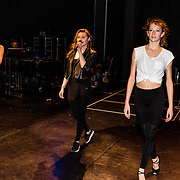 NLD/Amsterdam/20170119 - Repetitie Musicals in Concert – Live on Tour, Vajen van den Bosch en danseressen
