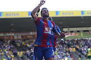 Yohan Cabaye scores Palaces third goal during the Barclays Premier League match between Norwich City and Crystal Palace at Carrow Road, Norwich, England on 8 August 2015. Photo by Craig McAllister.
