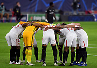 SEVILLE, SPAIN - OCTOBER 28: FC Sevilla´s players before the UEFA Champions League Group E stage match between FC Sevilla and Stade Rennais at Estadio Ramon Sanchez-Pizjuan on October 28, 2020 in Seville, Spain. (Photo by Juan Jose Ubeda/ MB Media).