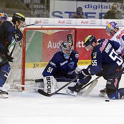 93 Maximilian Kastner (Spieler EHC Reb Bull Muenchen) scheitert am Tor des ERC Ingolstadt<br /> mit auf dem Bild 51 Timo Pielmeier (Torwart ERC Ingolstadt), 55 Patrick Koeppchen (Spieler ERC Ingolstadt) und 14 Steve Pinizzotto (Spieler EHC Reb Bull Muenchen) beim Spiel in der DEL, ERC Ingolstadt (blau) - EHC Red Bull Muenchen (weiss).<br /> <br /> Foto © PIX-Sportfotos *** Foto ist honorarpflichtig! *** Auf Anfrage in hoeherer Qualitaet/Aufloesung. Belegexemplar erbeten. Veroeffentlichung ausschliesslich fuer journalistisch-publizistische Zwecke. For editorial use only.