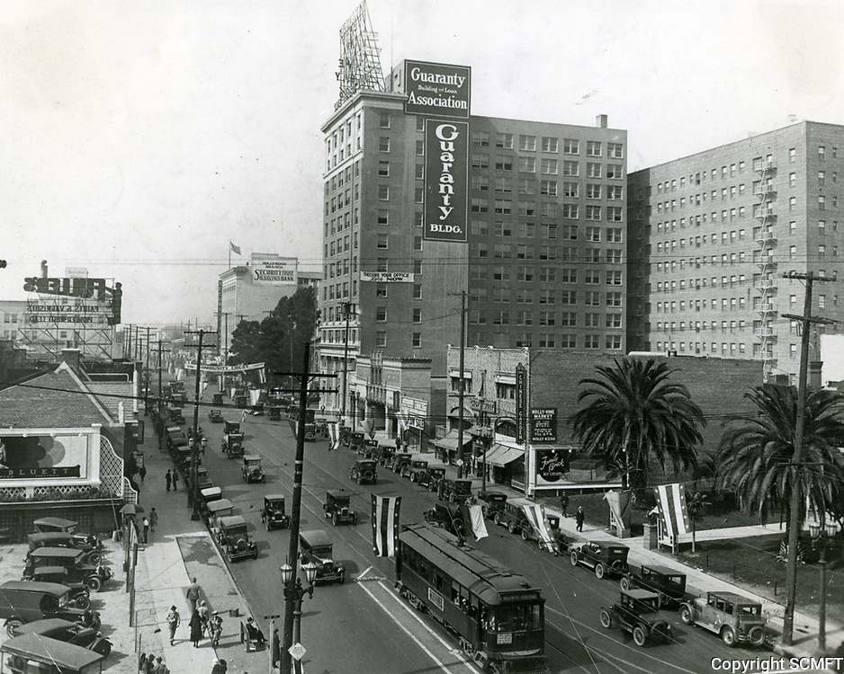 1927 Looking west on Hollywood Blvd.