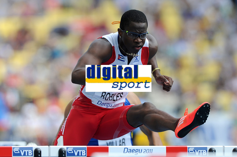 ATHLETICS - IAAF WORLD CHAMPIONSHIPS 2011 - DAEGU (KOR) - DAY 2 - 28/08/2011 - 110M HURDLES - DAYRON ROBLES (CUB) - PHOTO : FRANCK FAUGERE / KMSP / DPPI
