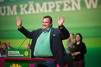 DEU, Deutschland, Germany, Leipzig, 10.11.2018: Romeo Franz, MdEP, BÜNDNIS 90/DIE GRÜNEN. Bundesparteitag von BÜNDNIS 90/DIE GRÜNEN, Messe Leipzig. Auf dem Parteitag wurden die KandidatInnen für die Europawahl im Mai 2019 gewählt.
