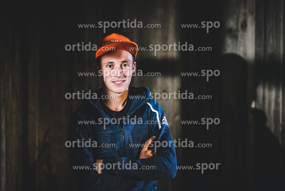 22.10.2018, Rosshuette, Seefeld, AUT, Eric Frenzel im Portrait, im Bild Eric Frenzel (GER) posiert während einer Fotosession // the German Nordic Combined Athlete Eric Frenzel poses for a portrait during a photo session at the Rosshuettte in Seefeld, Austria on 2018/10/22. EXPA Pictures © 2018, PhotoCredit: EXPA/ JFK