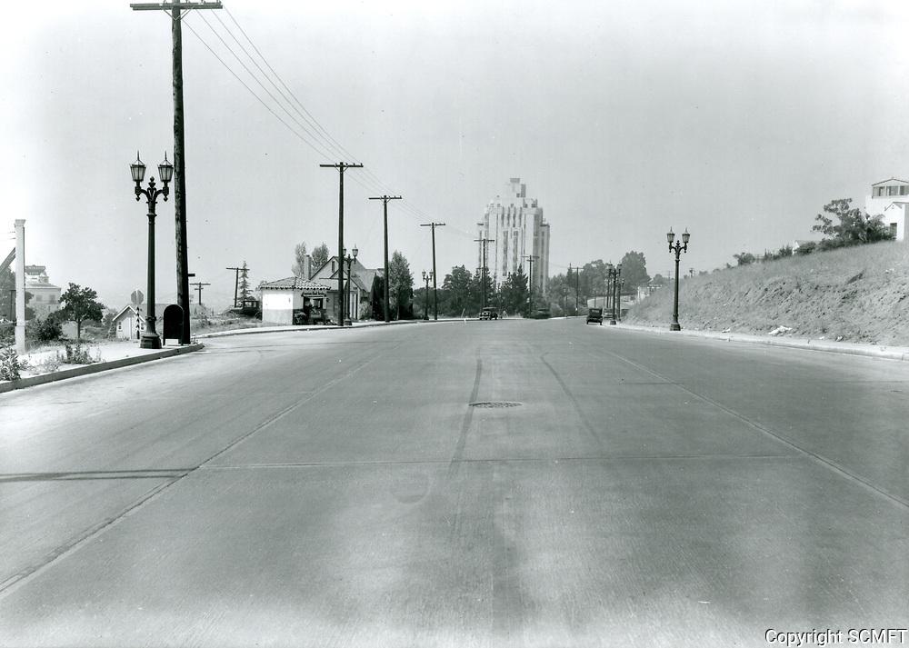 1930 Looking west on Sunset Blvd. towards Harper St.