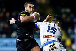 Ollie Lawrence of Worcester Warriors is tackled by Geoffrey Palis of Castres Olympique - Mandatory by-line: Robbie Stephenson/JMP - 17/01/2020 - RUGBY - Sixways Stadium - Worcester, England - Worcester Warriors v Castres Olympique - European Rugby Challenge Cup
