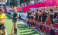 ANTWERPEN -  Oranje voor de finale  dames  Nederland-Duitsland  (2-0) bij het Europees kampioenschap hockey.   Nederland prolongeert de titel. COPYRIGHT  KOEN SUYK