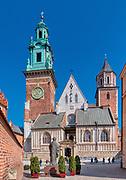 Widok na fasade Katedry. Zamek Krolewski na Wawelu<br /> Wawel Castle in Cracow,