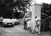 The aftermath of the shoot-out at the gates of Roundwood Park, Roundwood, County Wicklow, the home of supermarket executive Galen Weston. The Provisional IRA attempted a kidnapping at the house, but the police, having been tipped off, laid an ambush. In the ensuing firefight, four guerrillas were wounded.<br /> 7 August 1983