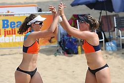 20160723 NED: NK Beachvolleybal 2016, Scheveningen <br />Jolien Sinnema, Rimke Braakman<br />©2016-FotoHoogendoorn.nl / Pim Waslander