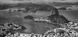 Vista aérea da enseada de Botafogo com Pão de Açúcar ao fundo, na entrada da Baía da Guanabara. FOTO: Jefferson Bernardes/Preview.com