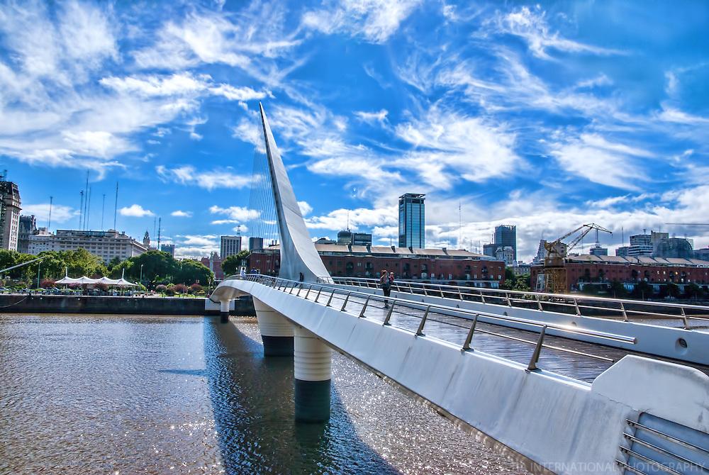 La Puente De La Mujer (The Women's Bridge), Buenos Aires