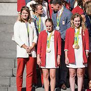 NLD/Den Haag/20160824 - Huldiging sporters Rio 2016, Daphne Schippers, Sanne Wevers en Anna van den Breggen