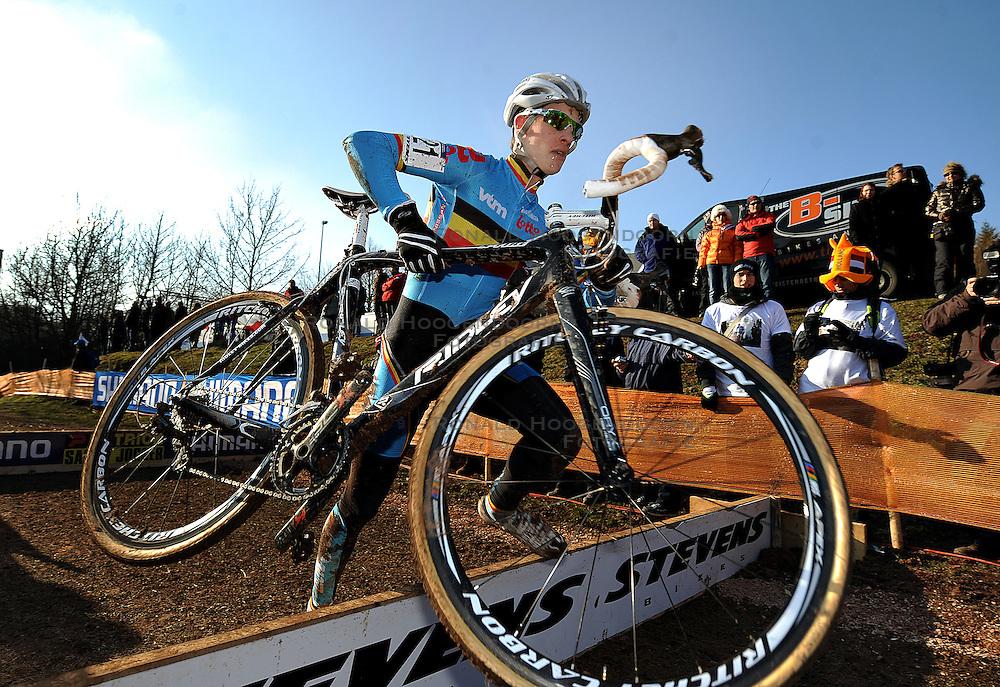 29-01-2011 VELDRIJDEN: WORLD CHAMPIONSHIP CYCLO CROSS: SANKT WENDEL<br /> Belgian VAN TICHELT Yorben in action during the junior Cyclo Cross World Championships<br /> ***NETHERLANDS ONLY***<br /> ©2010- FRH-nph / Laurent Dubrule